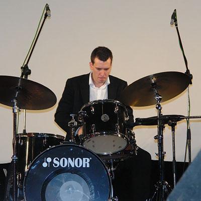 Джазовый фестиваль Весна в Суздале 2008: Александр Зингер (ударные)
